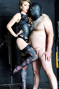 Pig slave boy is begging his Mistress to kick and knee his things