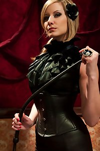 LeatherFemdom Pictures